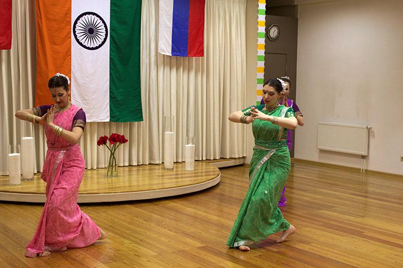 Танцевальный коллектив «Amritsar Project». Пластичный танец «Титли» с элементами классики «Одисси»